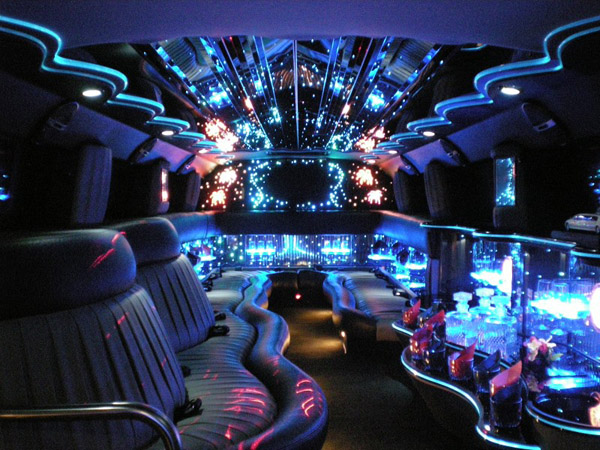Suv Limo Toronto H2 Hummer Limousine And Ford Excursion Limos For Rent From Yorkville Limo For